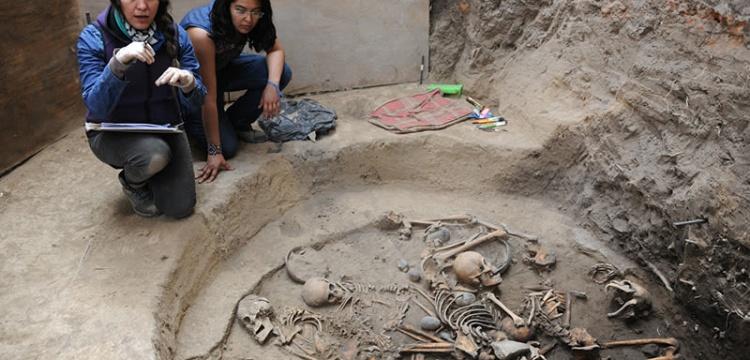 Meksika'da Aztek çağı öncesi dairesel mezar keşfedildi
