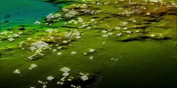 Guatemalada Mayalara ait gizli şehir keşfedildi