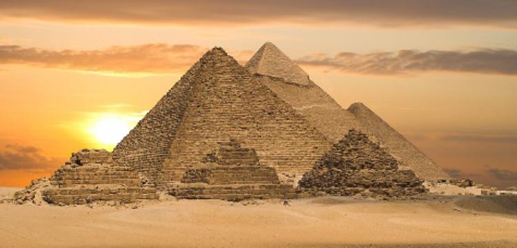 Kahire'de Türkçe ve Arapça Antik Mısır Mimarisi ve Abideleri konferansı