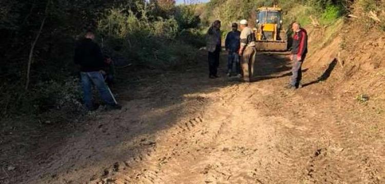 800 yıllık tarihi şovalye yolu dozerle yok edildi