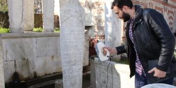 Eyüpteki tarihi mezar taşları tek tek modelleniyor