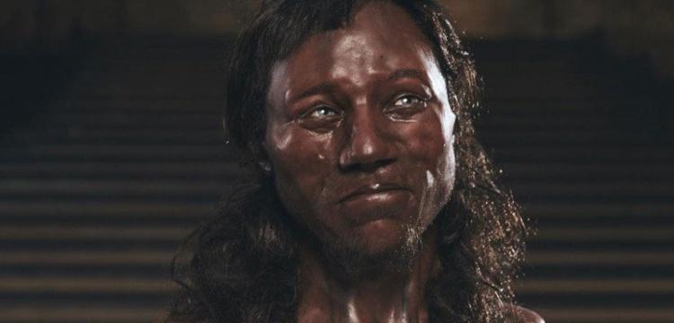 Cheddar Adamı siyah derili ve mavi gözlüydü