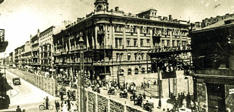 Varşova Gettosundaki arkeolojik alan korumaya alınıyor