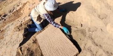 Fransa ve Suudi Arabistan el-Ula arkeoloji alanı için anlaştı