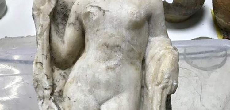 Selanik metrosunda afrodit heykeli ve mozaik bulundu