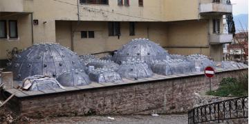 Üstüne apartman dikilen tarihi hamam restore ediliyor
