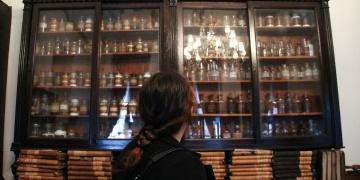 Eczacılık tarihi müzesi açıldı