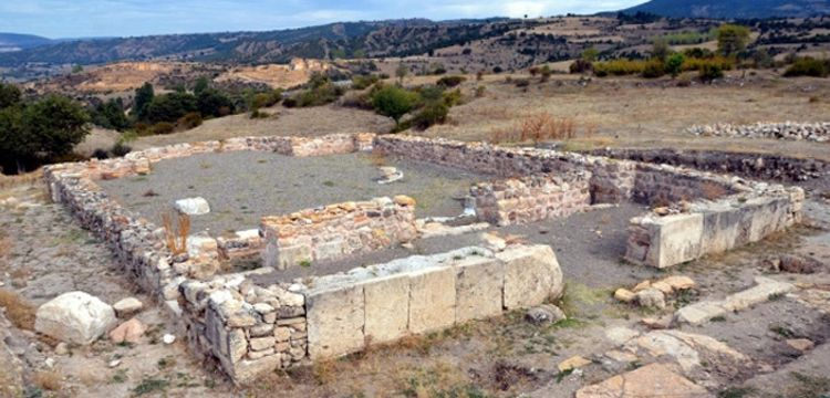 Hadrianaupolis antik kentini kazan 4 defineci yakalandı