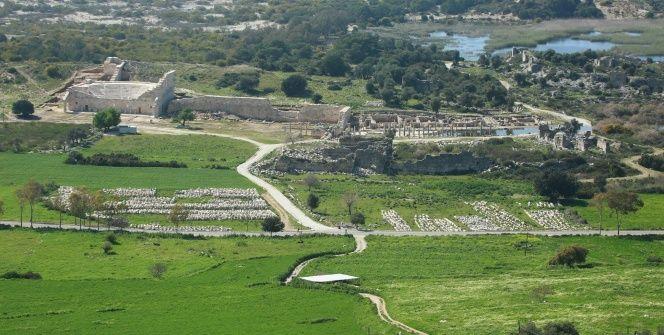 Noel Babanın doğduğu yer: Patara Antik Kenti