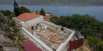 Arkeolojik sit alanındaki cami restore edilecek