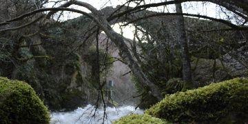 Debrenin mimarı meçhul meşhur Geyik Köprüsü