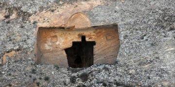 Sivas Kalın Kanyondaki kaya mezarları kaderine terk edildi