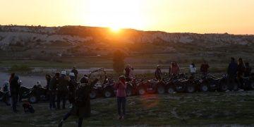 Kapadokyada günbatımı keyfi