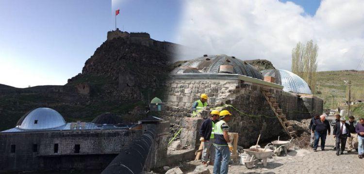 Kars'ta restorasyon skandalına vali müdahale etti