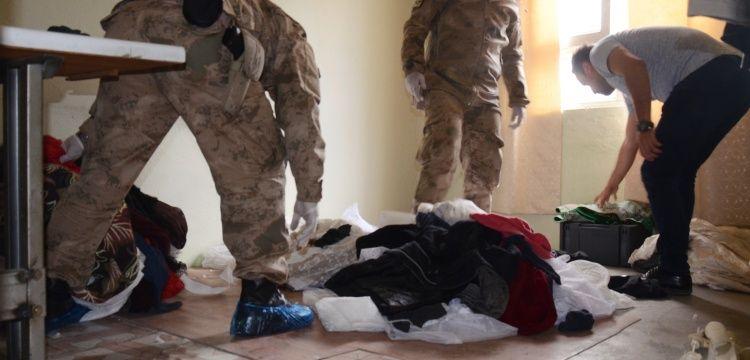 Jandarmalar Adıyaman'da kaçak tarihi eser aradılar