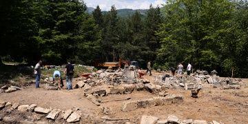 Bosnadaki en eski islam mezarlığında arkeoloji kazıları