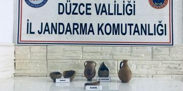 Düzcede Roma dönemi tarihi eserleri yakalandı