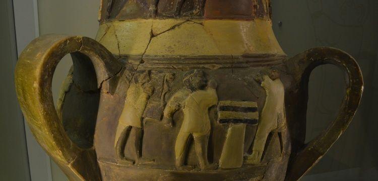 En eski arp motifi Çorum Müzesi'nde