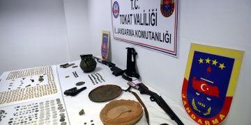 Kayseri, Adana, Tokatta eş zamanlı tarihi eser operasyonları