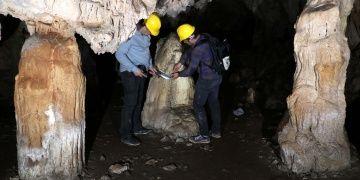 Doğu Anadolunun en büyük mağarası: Karanlık mağara