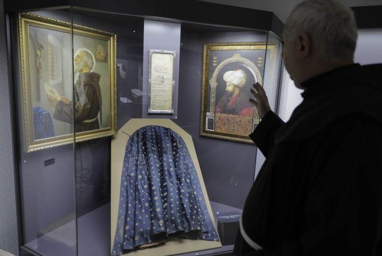 Fatih Sultan Mehmet'in inanç özgürlüğü Ahidnamesi