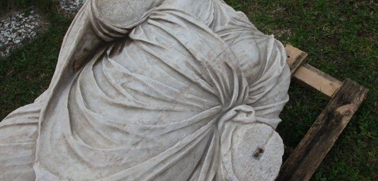Vize'de arkeoloji kazısı başlamadan tarihi eser bulundu
