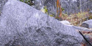 Hindistanda 4 milyar 240 milyon yıllık kaya keşfedildi
