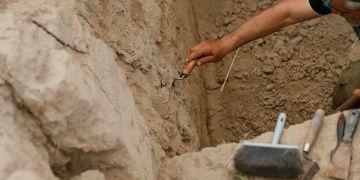Smyrna Antik Kentinde Santorini Volkanının külleri bulundu