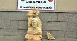 Antalyadan tarihi eser satmak için geldikleri Ankarada yakalandılar