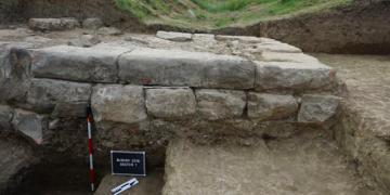 Arnavutlukta İliryanın 2 bin yıllık kayıp şehri keşfedildi