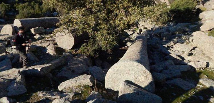 Reha Erus:  Yahyaçavuş'taki dev antik sütunlara sahip çıkalım