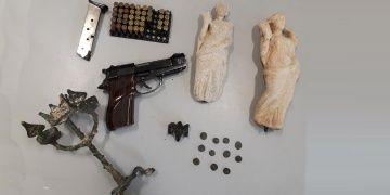 İstanbulda 2 bin yıllık tarihi eserler kaçırılmadan yakalandı