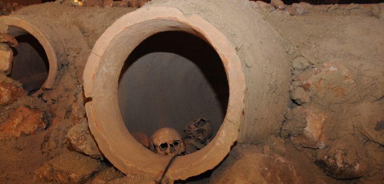 Çorum Müzesinde Hattilerin ölü gömme gelenekleri
