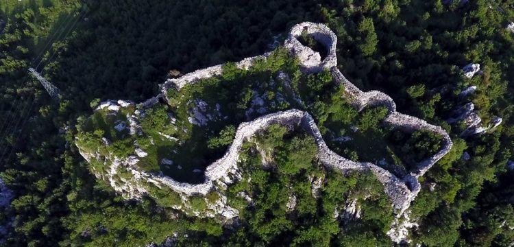 Gizemli hikayeleriyle Kahramanmaraş kaleleri turizme hazırlanıyor