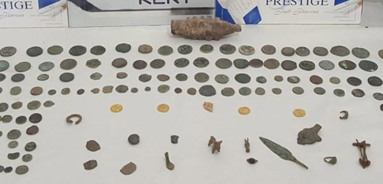 Siirt'in Kurtalan ilçesinde tarihi eserler yakalandı