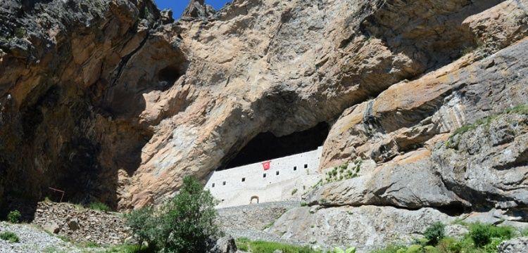 Giresun'daki kaya mimarisi: Meryem Ana Manastırı