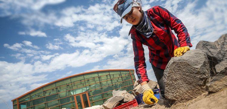 Ayanis Kalesindeki arkeoloji kazıları 30 yıldır sürüyor