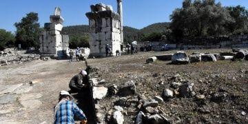 Stratonikeia arkeoloji kazılarının hedefi: Kuzey Şehir Kapısı ve Kutsal Yol