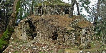 Kurşunlu Manastırını tehdit eden ağaçlar kesildi