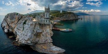 Kırımdaki Kırlangıç Yuvası Sarayı restore edilecek