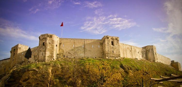 Trabzon Kalesi'nde kaybolan 36 yapı tartışması