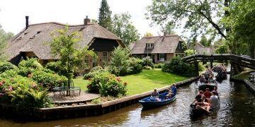 Giethoorn köyü: Hollandada Venedik manzaraları
