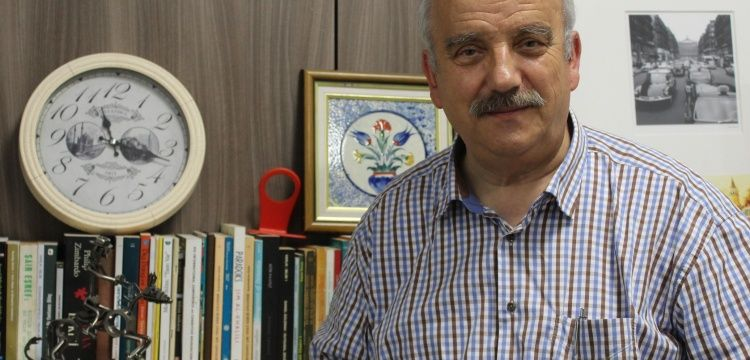 Prof. Dr. Mehmet İpşirli:  Prof. Dr. Halil İnalcık'ın kütühanesi çok önemli