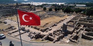 Xanthos Antik Kentini Persler ve Brutusun orduları işgal etmiş