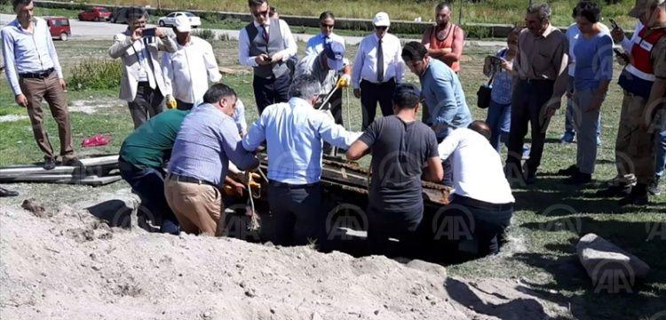 Çürümemiş cesedi bulunan Rus subayı Malakanlar Mezarlığına gömüldü