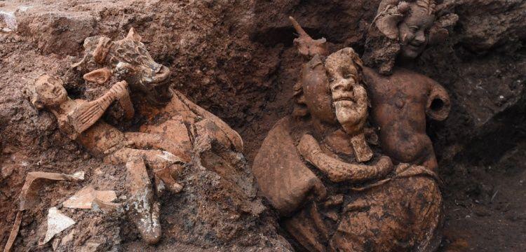 Kurul arkeoloji kazılarında Dionysos ve Pan heykeli bulundu