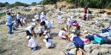İÇDAŞın minik arkeologlarının eğitimleri sürüyor