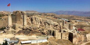 Harput Kalesi arkeoloji kazılarının 2019 dönemi başladı