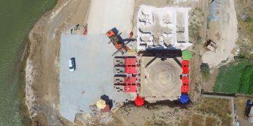 Hasankeyfteki Artuklu hamamı taşınmak üzere araca yerleştirildi