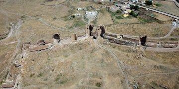 Ani Harabelerinde arkeoloji kazıları sürüyor